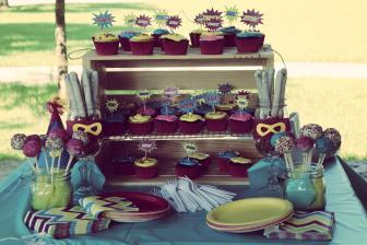 Superhero cupcakes and decorations